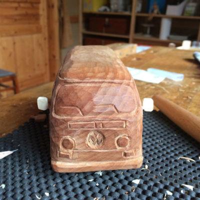 VW Bulli in Holz
